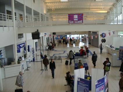 terminal de l'aéroport de Caen