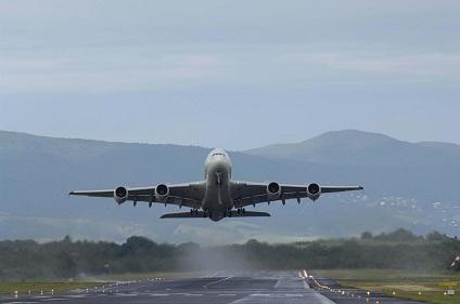 décollage aéroport Guadeloupe-Pôle Caraïbes