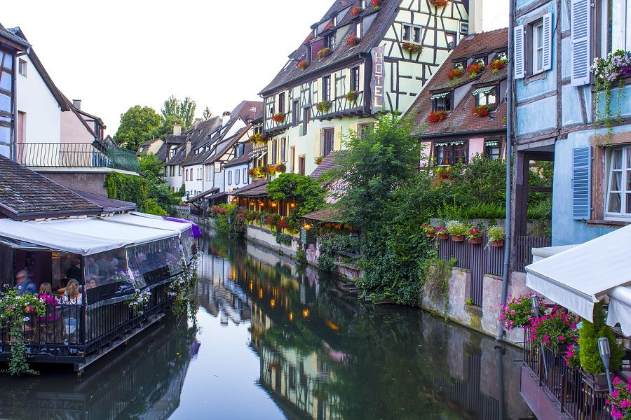 Explore charming Alsace with Sixt rent a car.