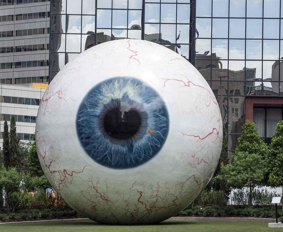 Dallas eyeball scultpure