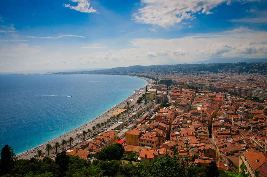 Rent a car in the French Riviera.