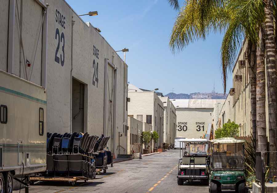 With Sixt rent a car in Hollywood, CA you can visit Universal Studios.