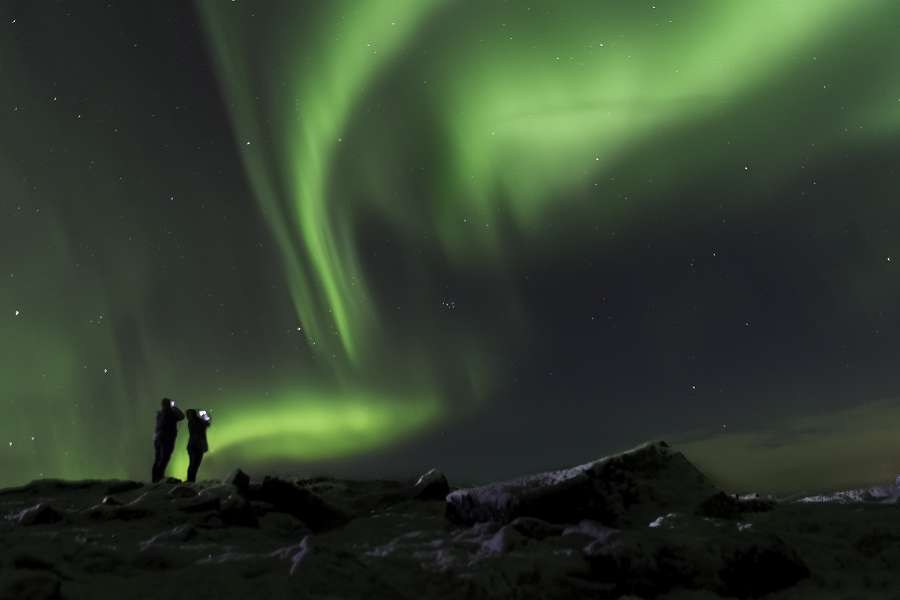 See the northern lights with a Sixt car rental in Iceland.