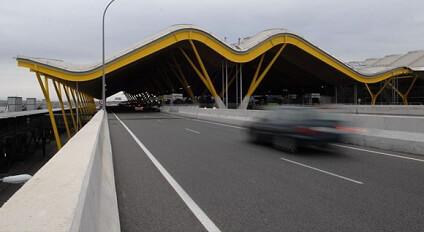 Car Rental In Madrid Airport A Suarez Sixt Rent A Car
