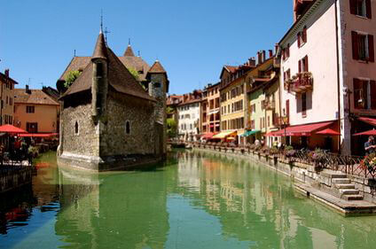 Cheap Car Rental Grenoble