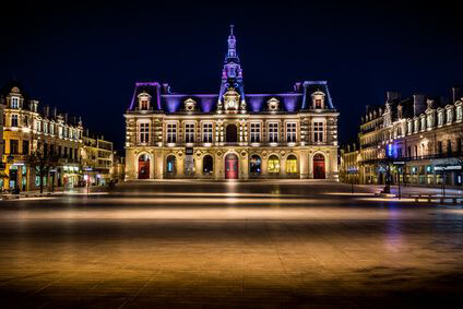 Poitiers town hall at night