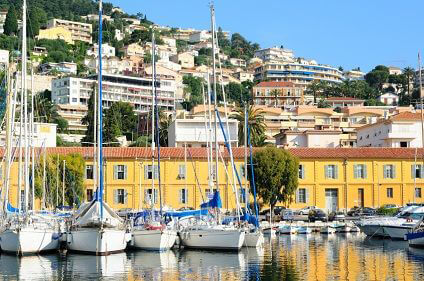 See the French riviera and all France has to offer with Sixt rent a car. Sixt have great rental car deals.